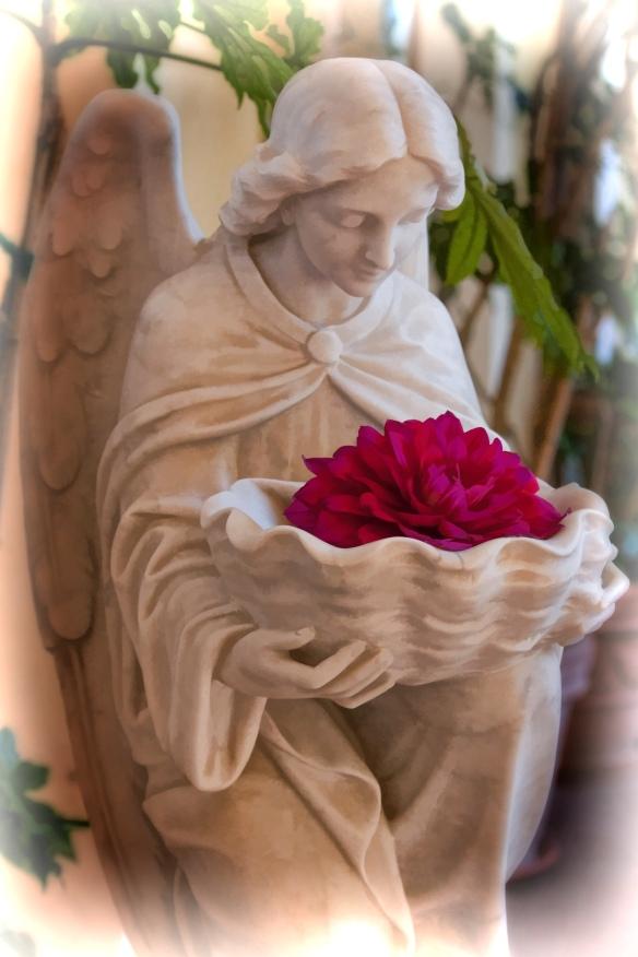 statue flower23
